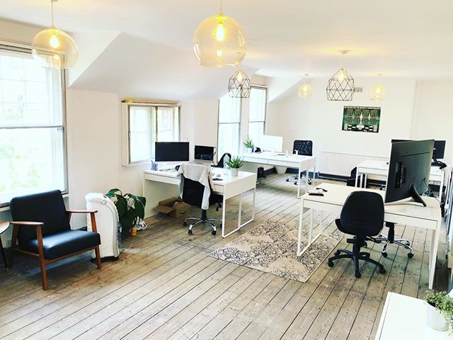 Breaking News Friends 🗞📰 Private Office now available at ARK coworking - suitable for a team of up to 12 - in the heart of Kings Cross - with an amazing community of start ups and social enterprises. We rarely have availability in these offices, so go share with good people who are looking for a new home! •  email us for info@arkcoworking.com 📬