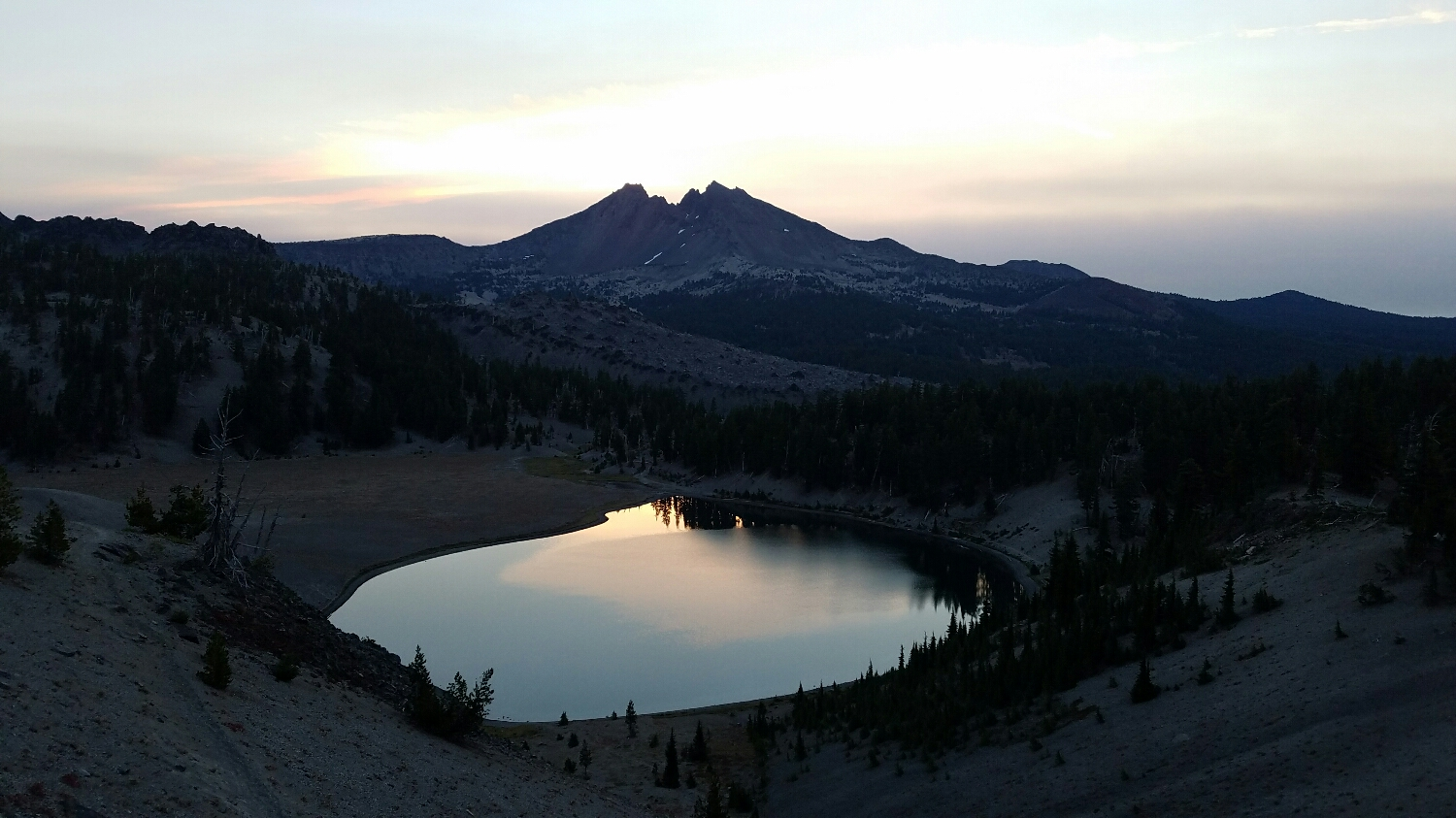 another view of Broken Top at dawn