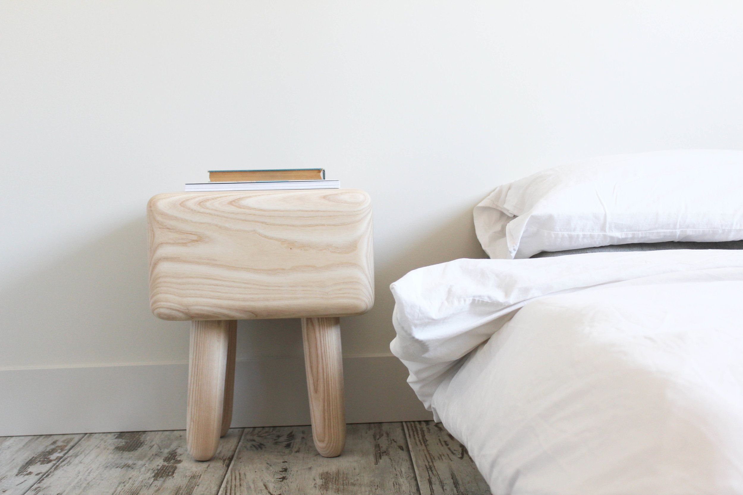 ASH SIDE TABLE / furniture design