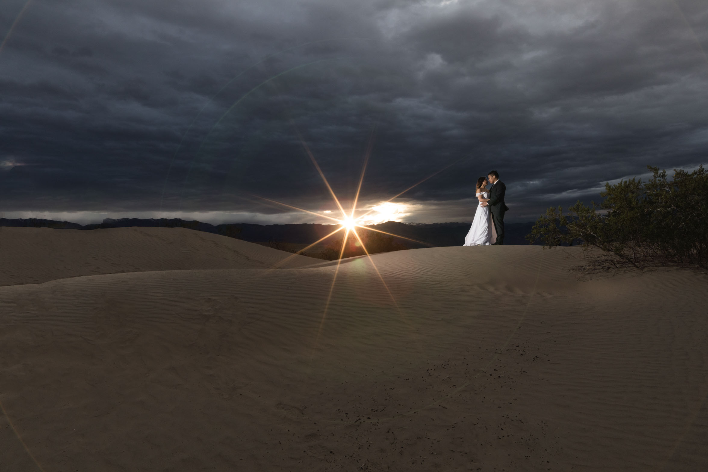 couple-sun-flare.jpg