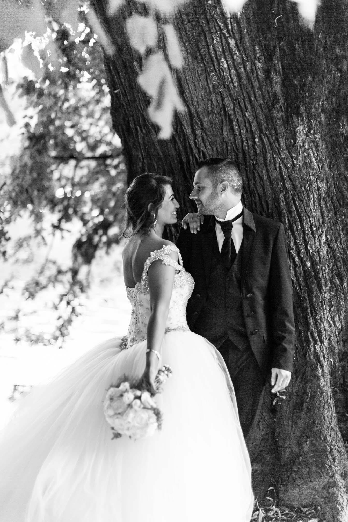 couple marié pose.jpg