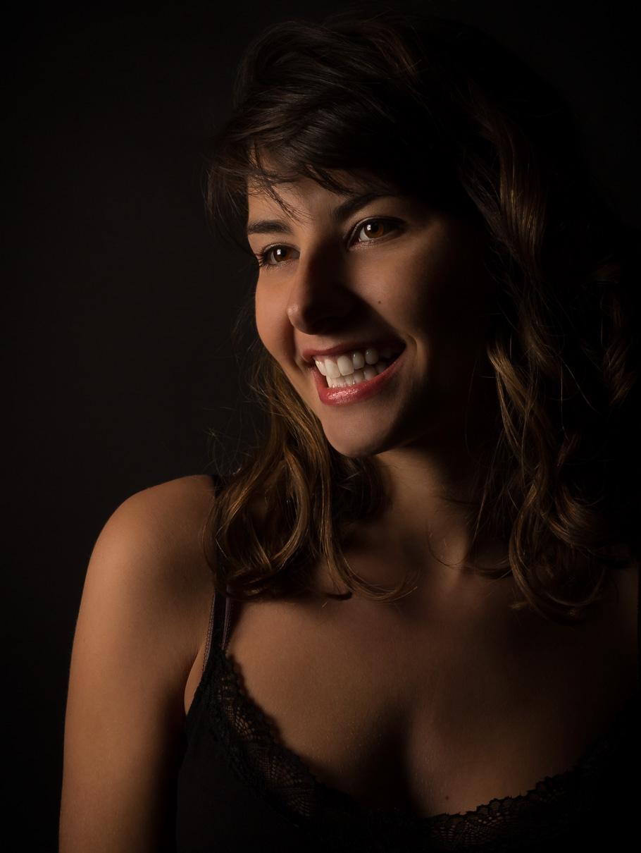 shooting-studio-modele-portrait-lumiere.jpg