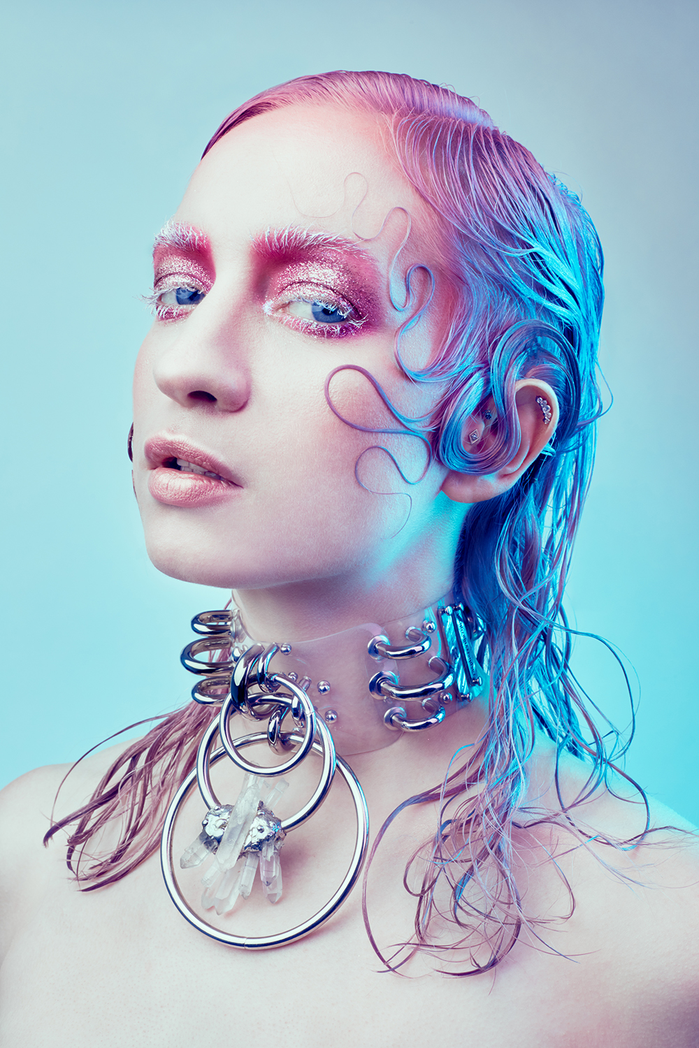 The same piece worn by My Fragility in a beauty project. Hair & Makeup by Eline Deblauwe.