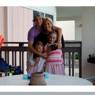 Family Friday ♥️💕 #familyfriday #9yearsago #timehop #sagharborny #hamptons #windswept