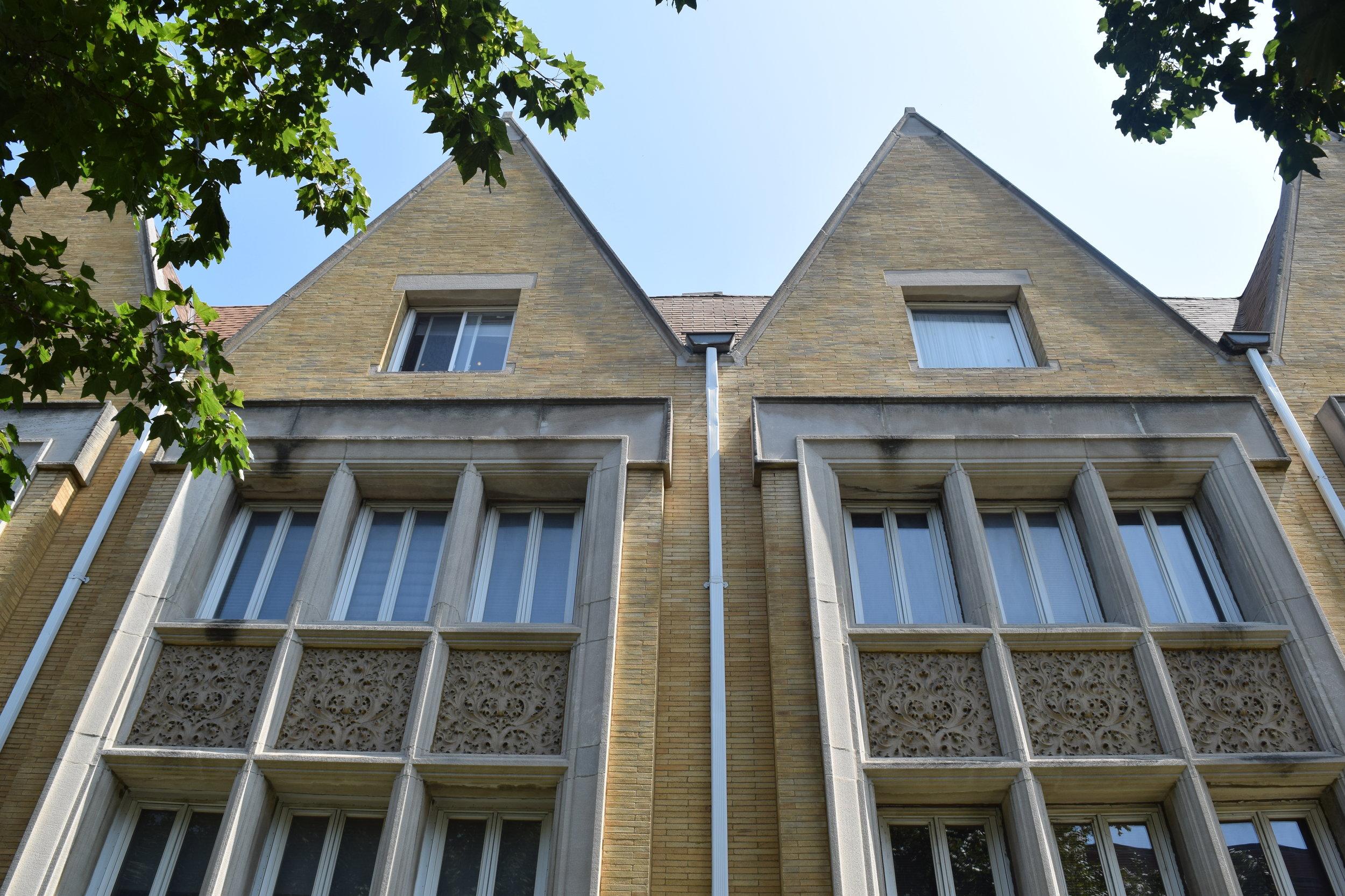 Roloson Row Houses
