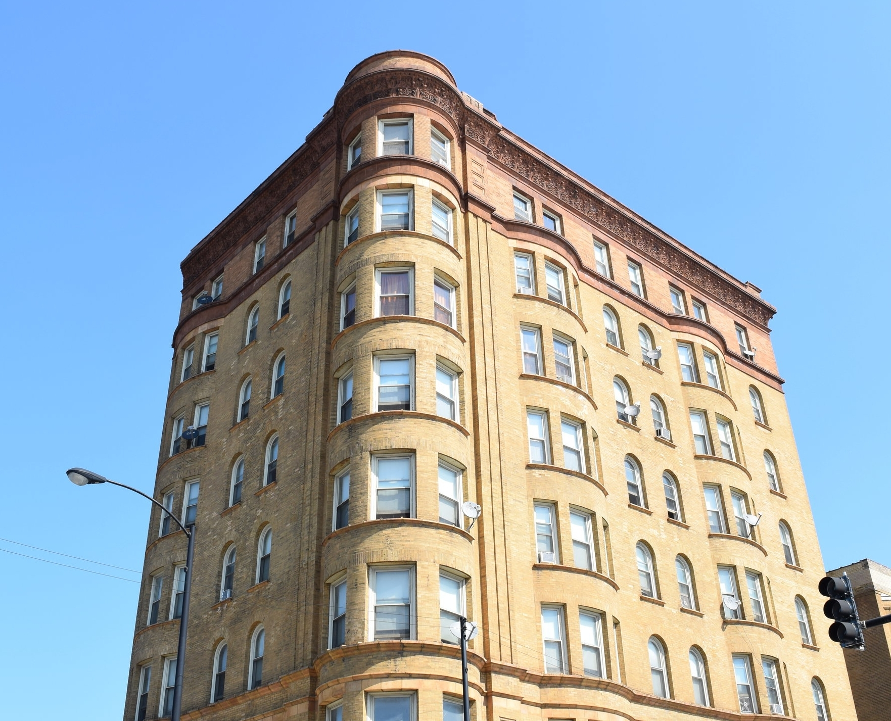 """Tyson Apartments, formerly Belmonte Flats, aka """"The Kitchenette Building"""""""