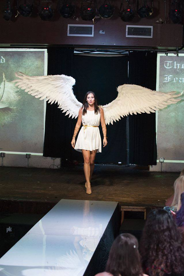 Extra Large All Feather Wings - $850