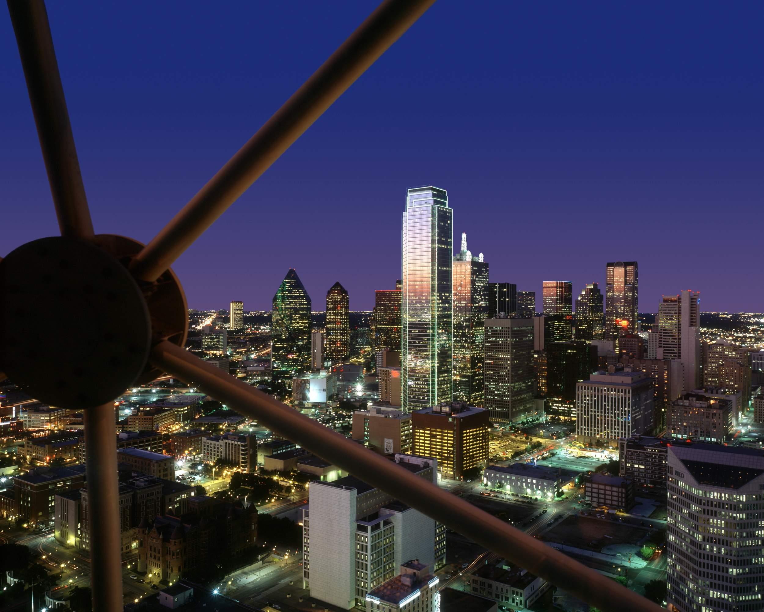 6/Hyatt Regency Dallas