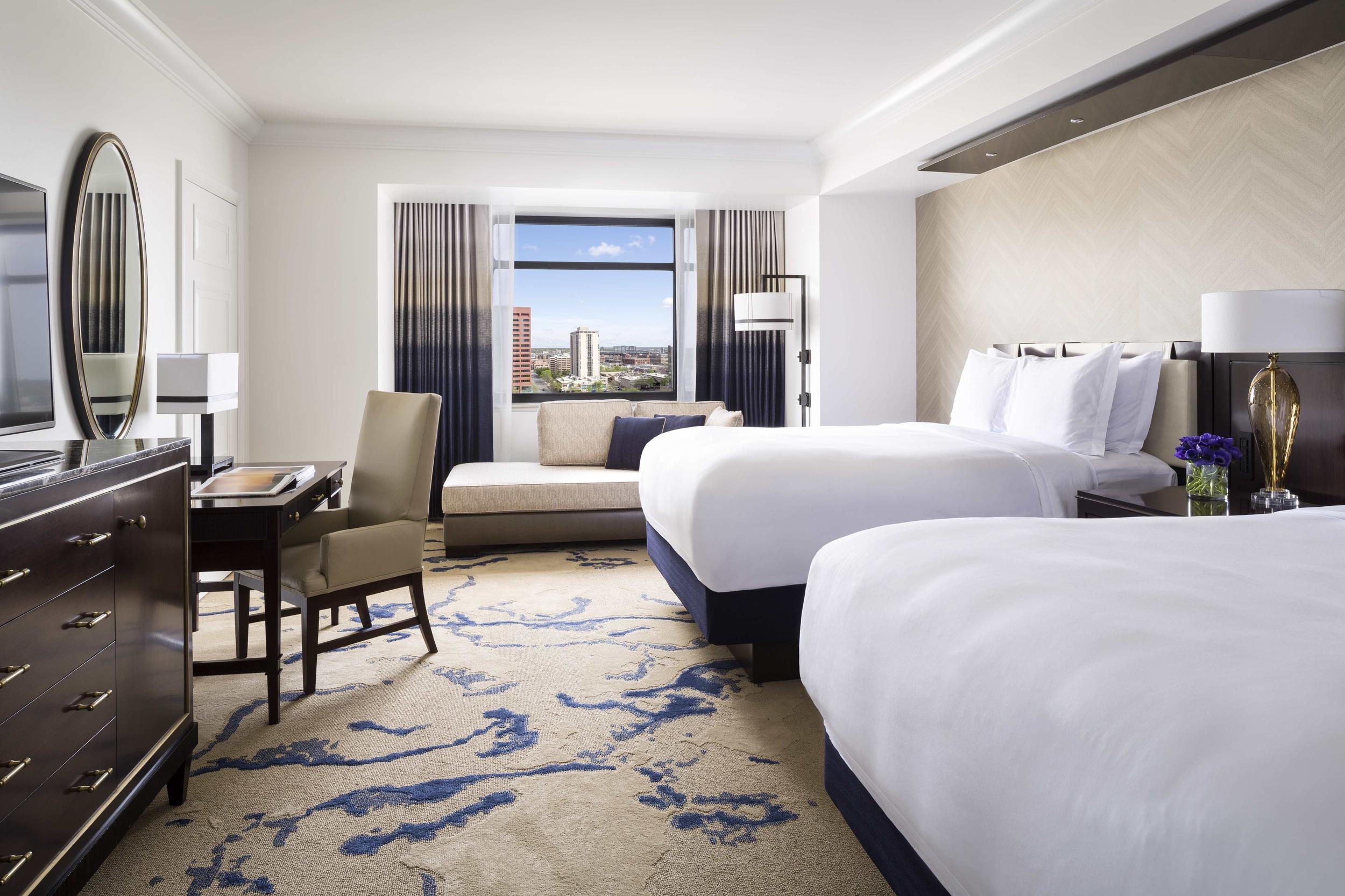 6/Ritz Carlton Denver