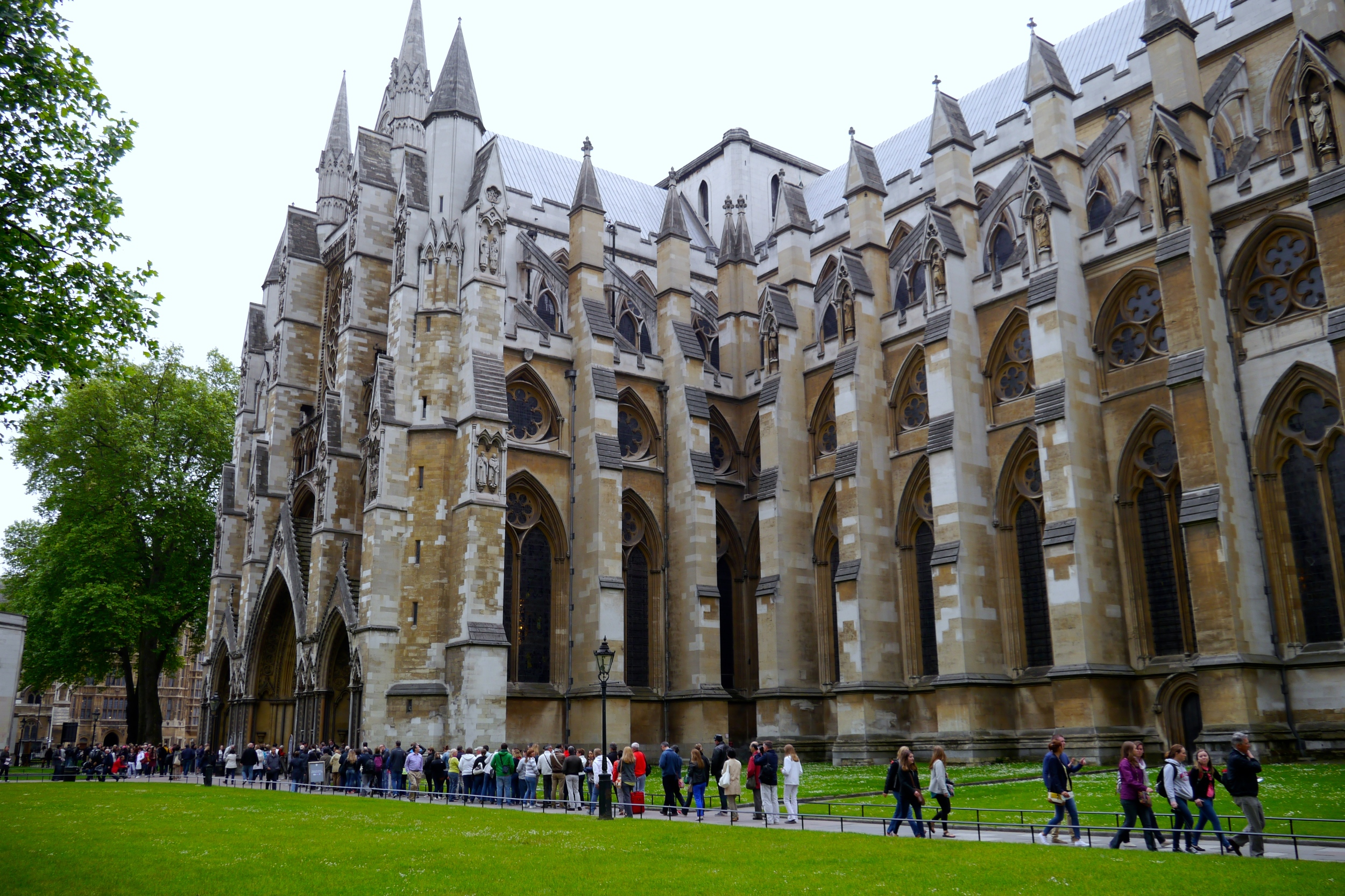 8/Go to Westminster Abbey