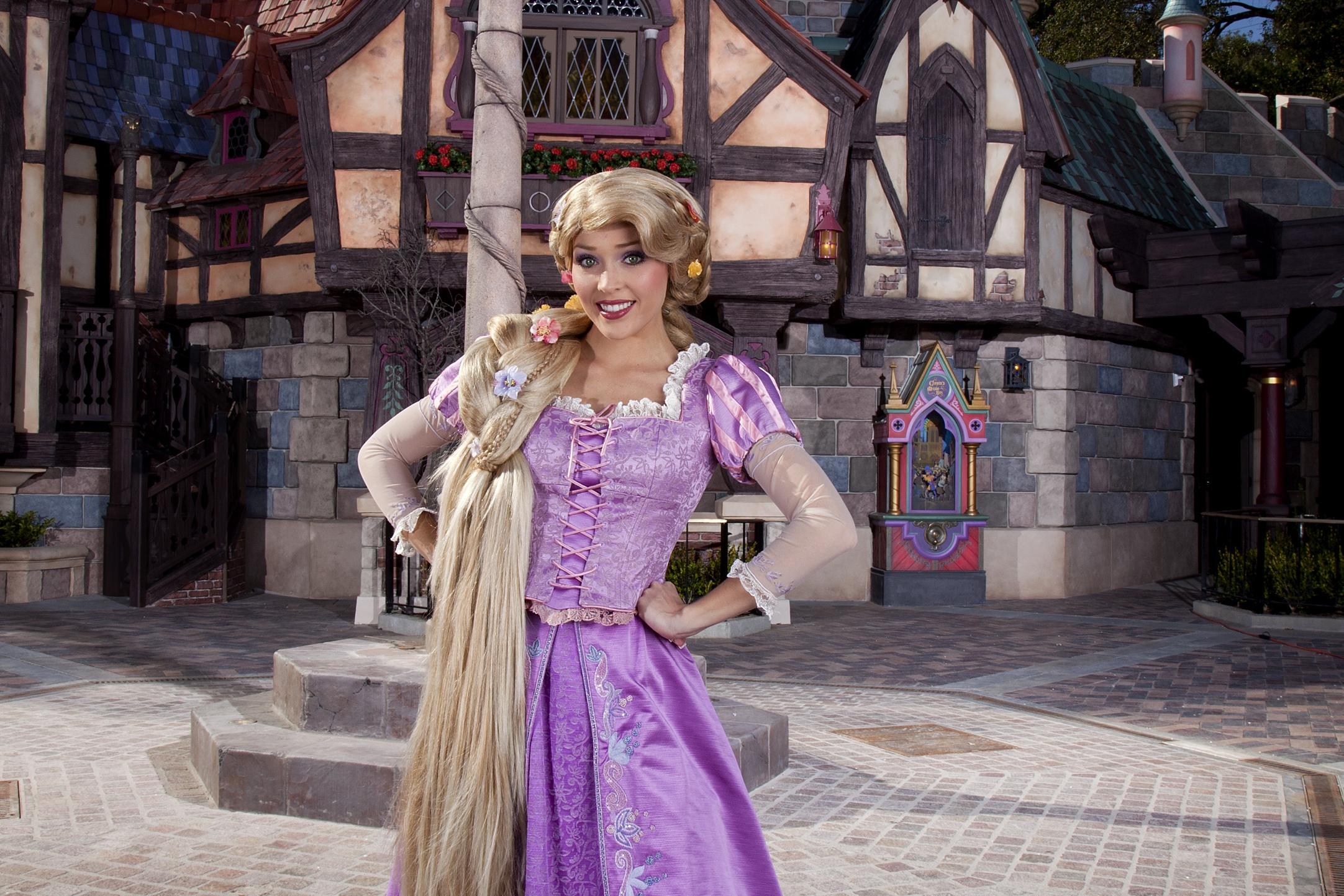 3/Visit the princesses
