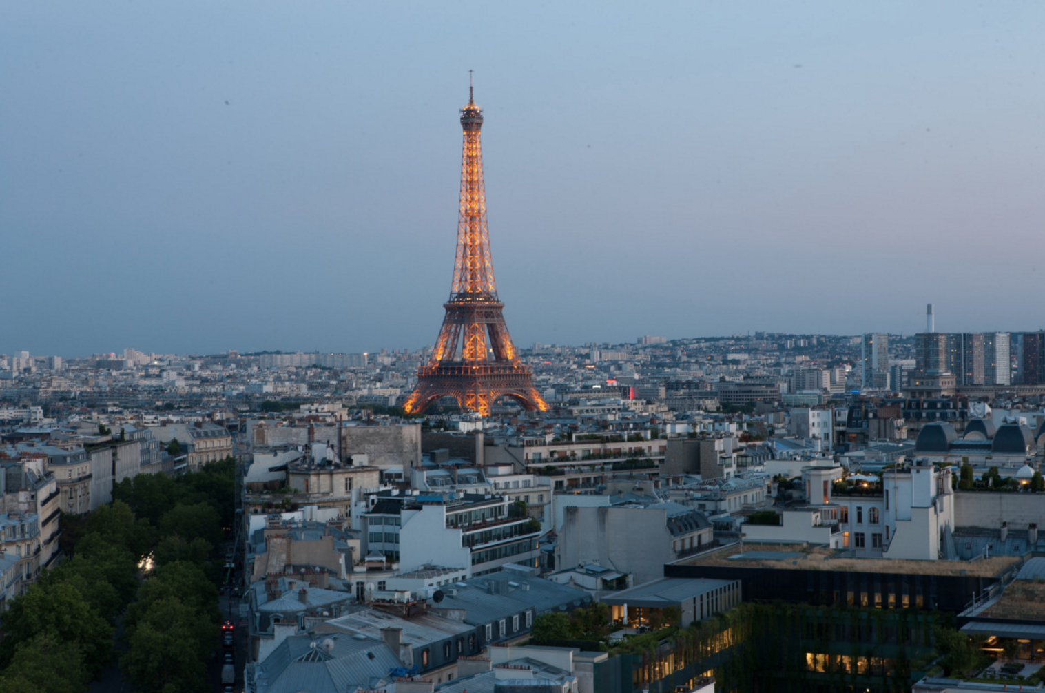 2/Eat at the Eiffel Tower