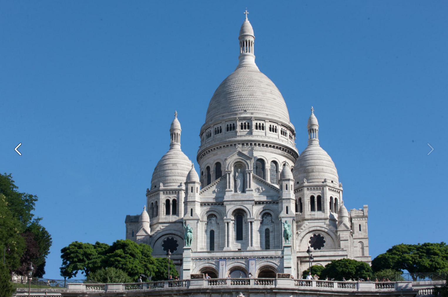 3/Climb the steps of Montmartre