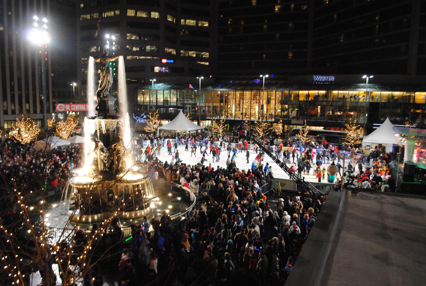 2/Visit Fountain Square