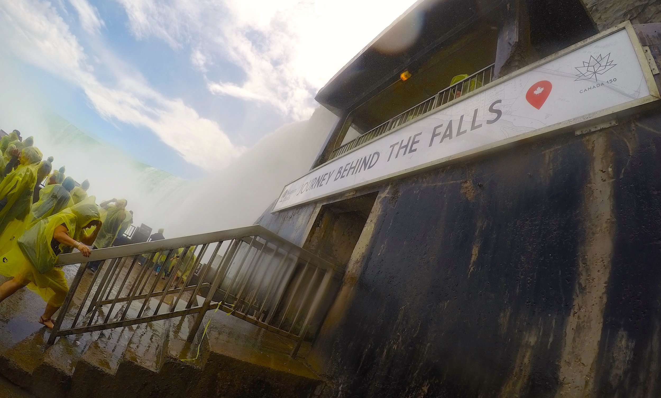 2/Journey Behind the Falls vs. Cave of the Winds