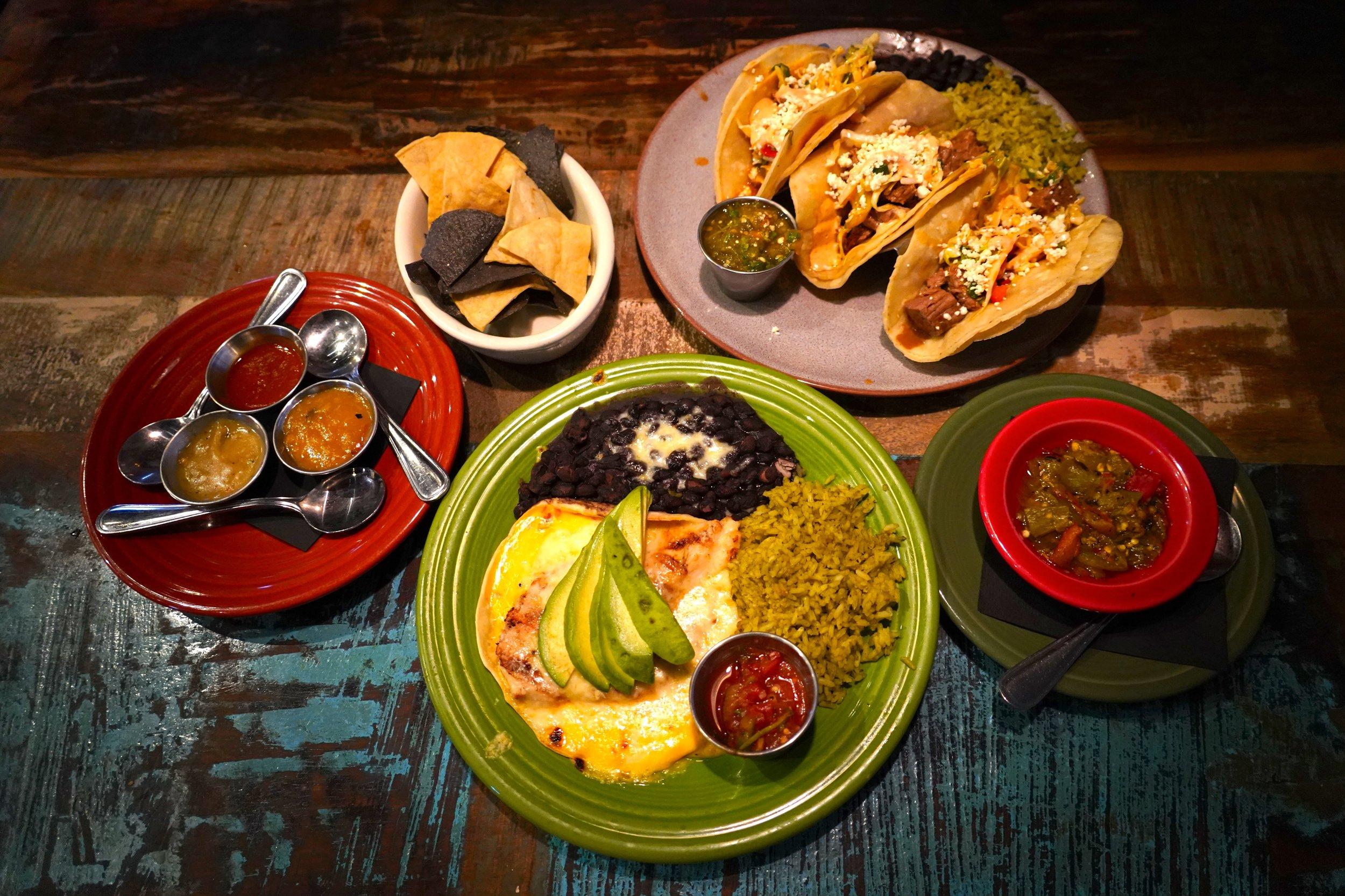2/Eats tacos & fabulous food