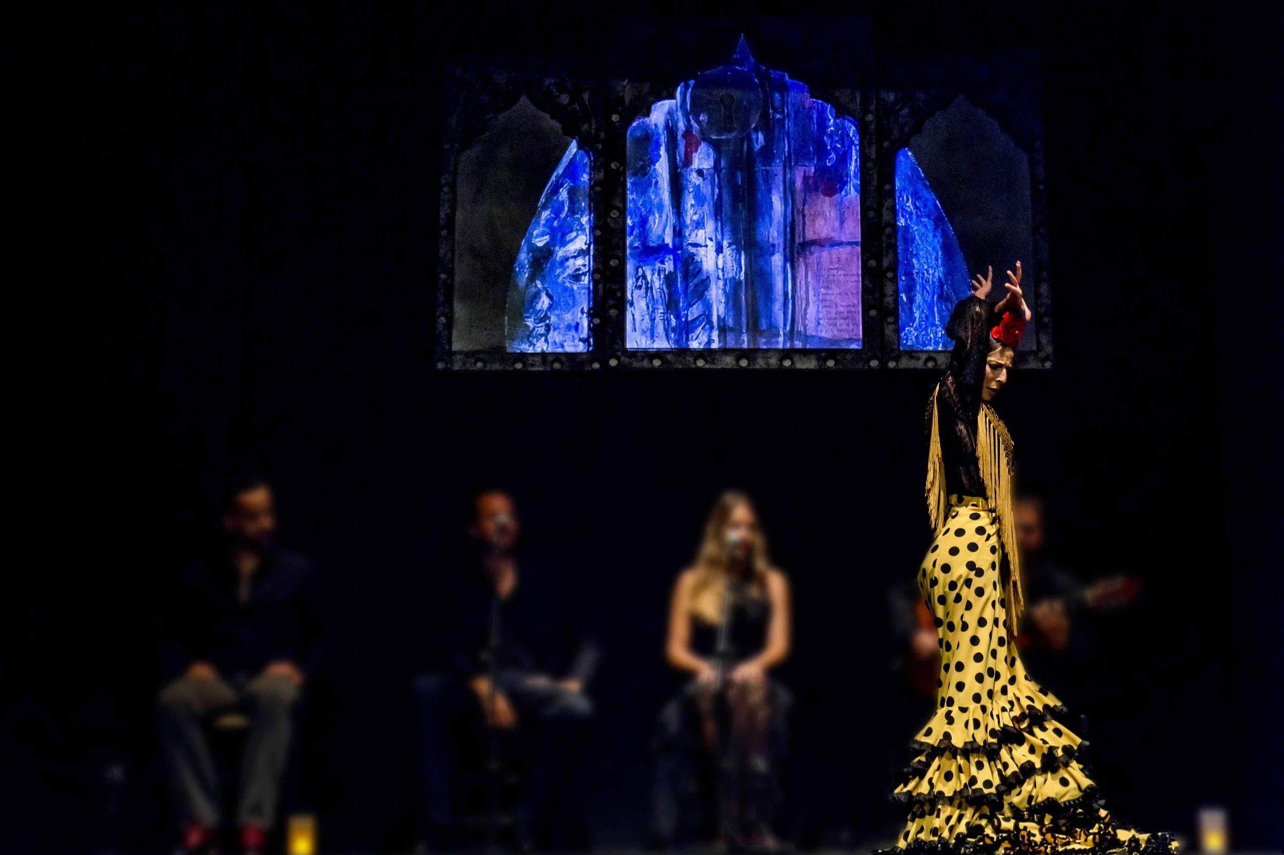 2/Attend a flamenco show