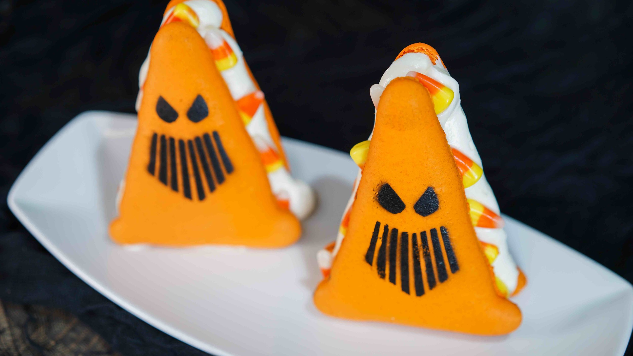 7/Treats without tricks