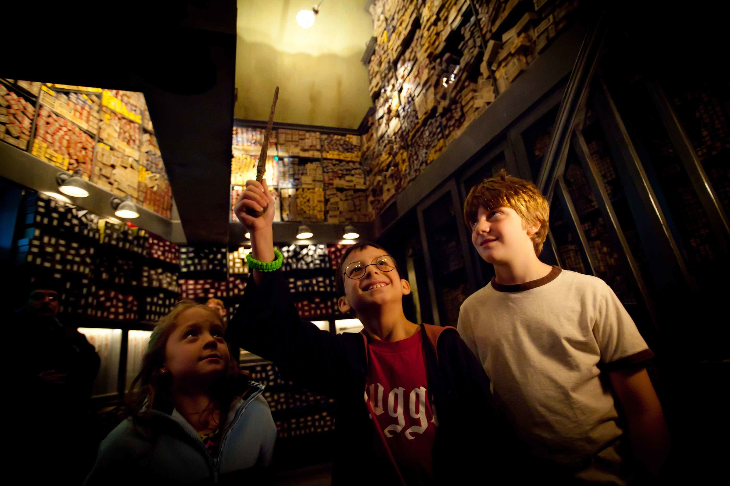 7:Ollivanders Wand Shop.jpg