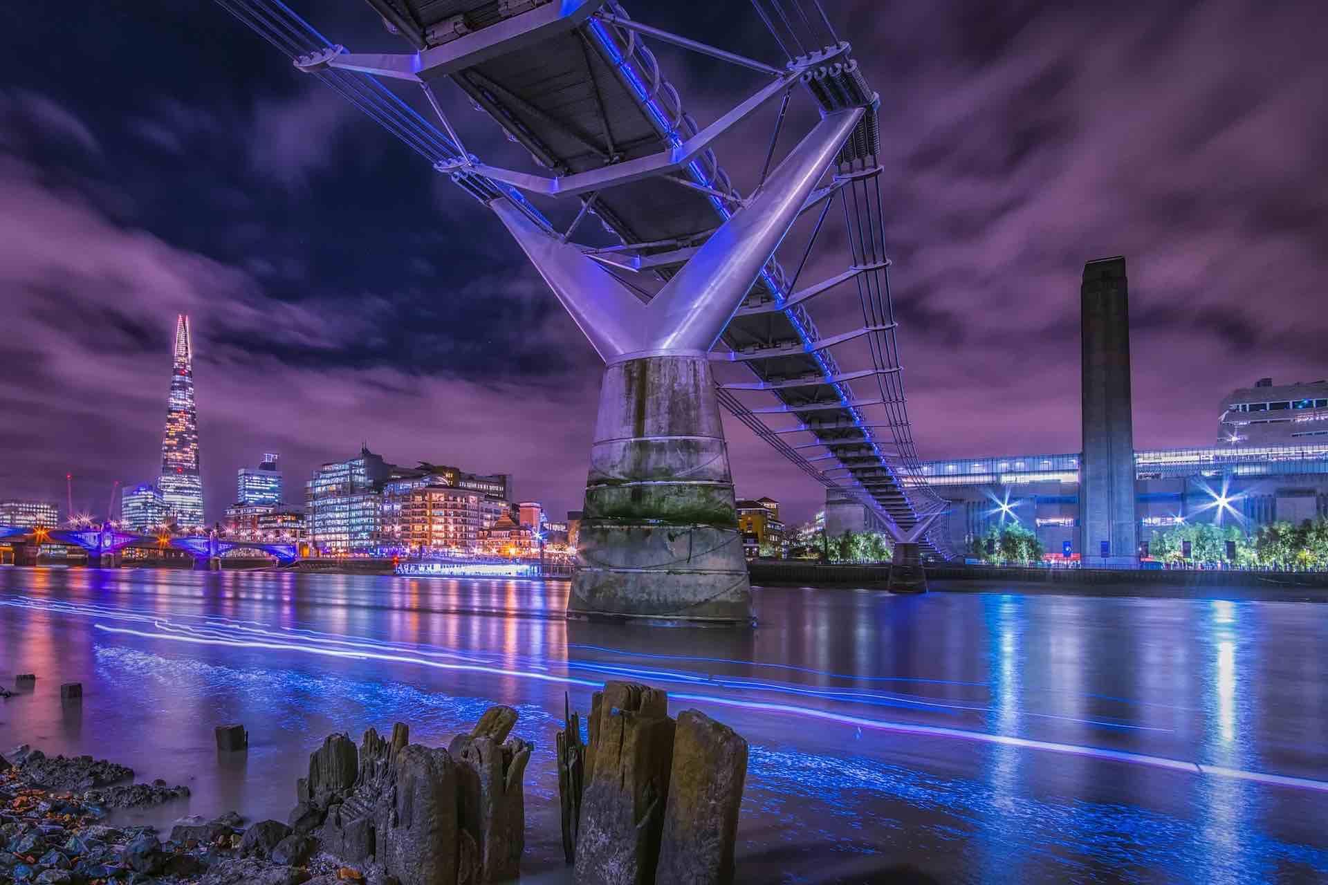 5/Millennium Bridge