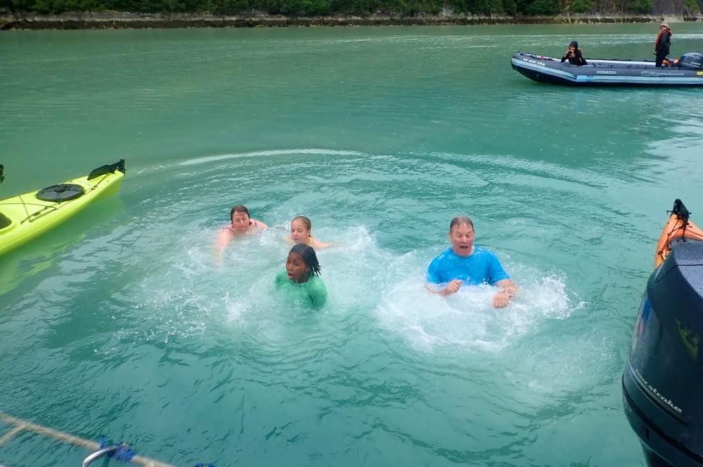4/Doing the polar plunge