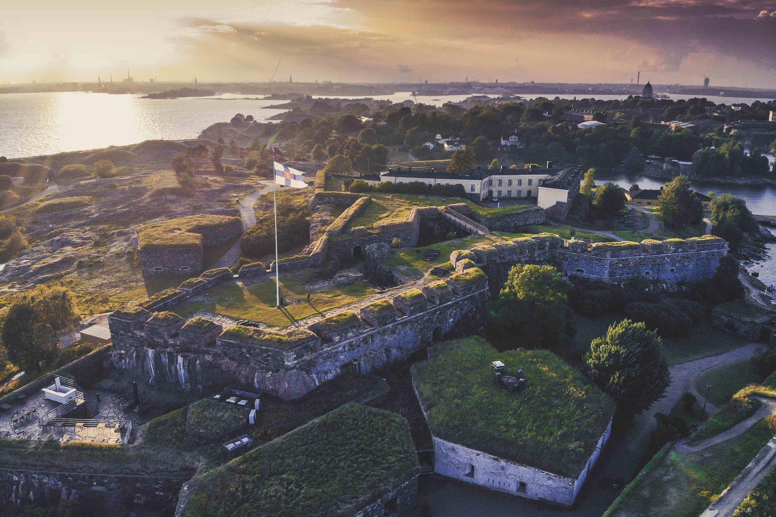1/Suomenlinna Sea Fortress & neighboring islands