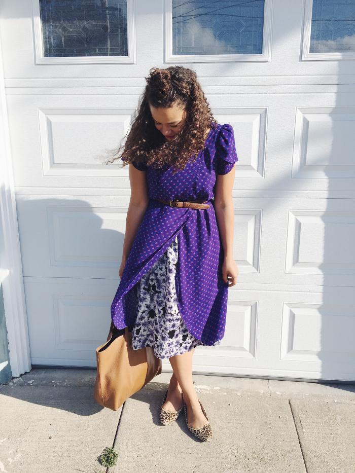 Dress:  Pretty Penny vintage    Slip: H&M   Shoes: Dr Scholl's Shoes   Belt: vintage   Tote: Cuyana