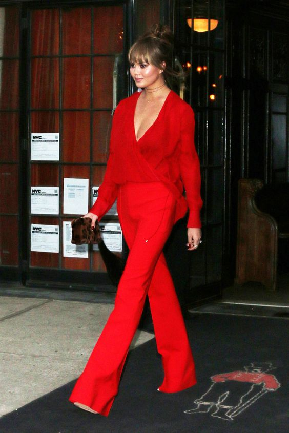 all_red_outfit_3.jpg