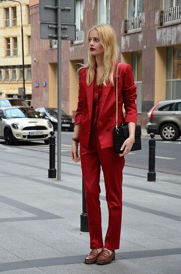 all_red_outfit_8.jpg