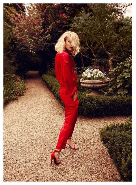 all_red_outfit_22.jpg