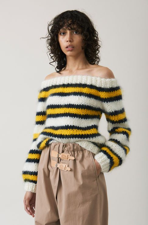 oversized_sweaters_36.jpg