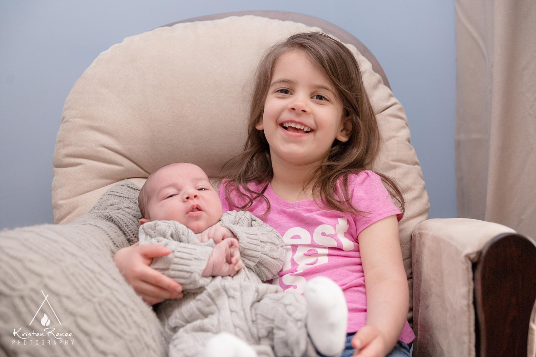 Newborn and Family Portraits - Willis - Scotia - Kristen Renee Photography_0010.jpg