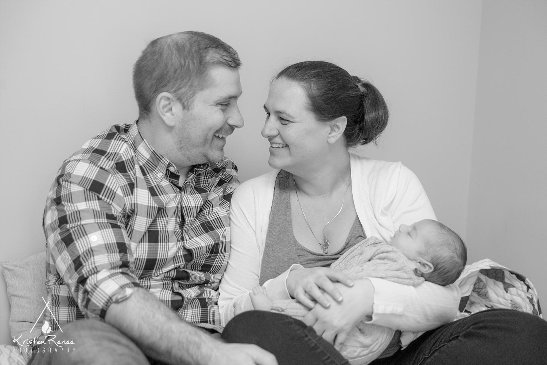 Newborn and Family Portraits - Willis - Scotia - Kristen Renee Photography_0021.jpg