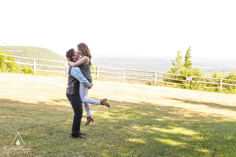 Roslyn and Jon Engagement_0004.jpg