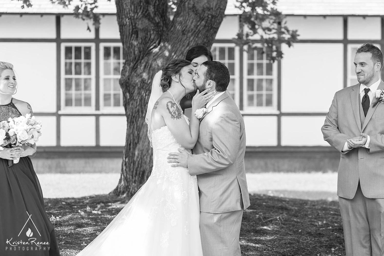 Tricozzi Wedding_0015.jpg