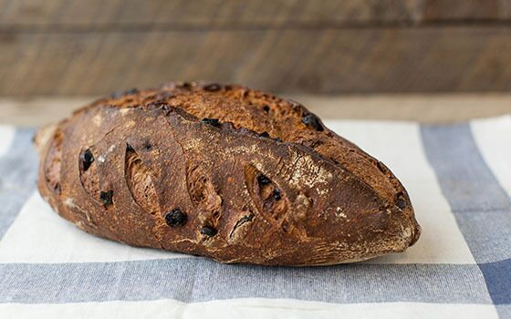 Raisin Walnut Batard