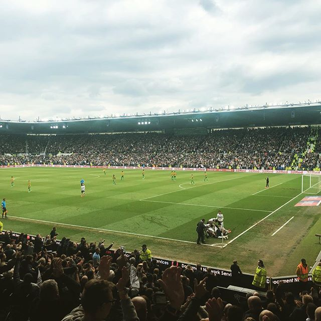 The mighty Derby County made it through to the playoffs yesterday. As this photo shows, our game plan was to all bunch together into a corner and roll around, thus confusing our opponent to the point of insanity and allowing us to get the three points. Superb!