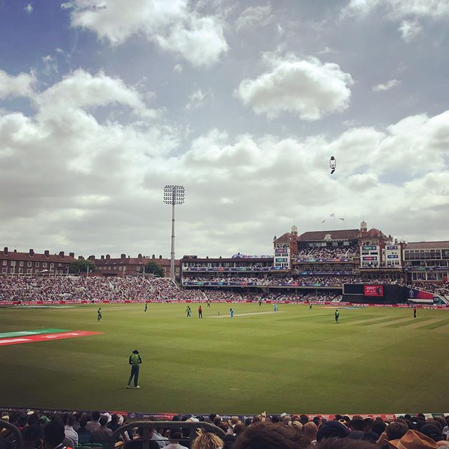 Brilliant first day of the Cricket World Cup today at The Oval and most importantly of all I got to see THAT catch. The best thing I've seen at a stadium since Dean Windass waved his cock and balls at the Derby fans about 15 years ago. Big thanks to @mgritton at the @cricketworldcup for the tickets. #cwc #cricket #england #cockorball #both