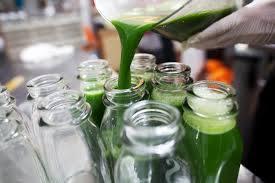 tonic-juicery-glass-vs-plastic