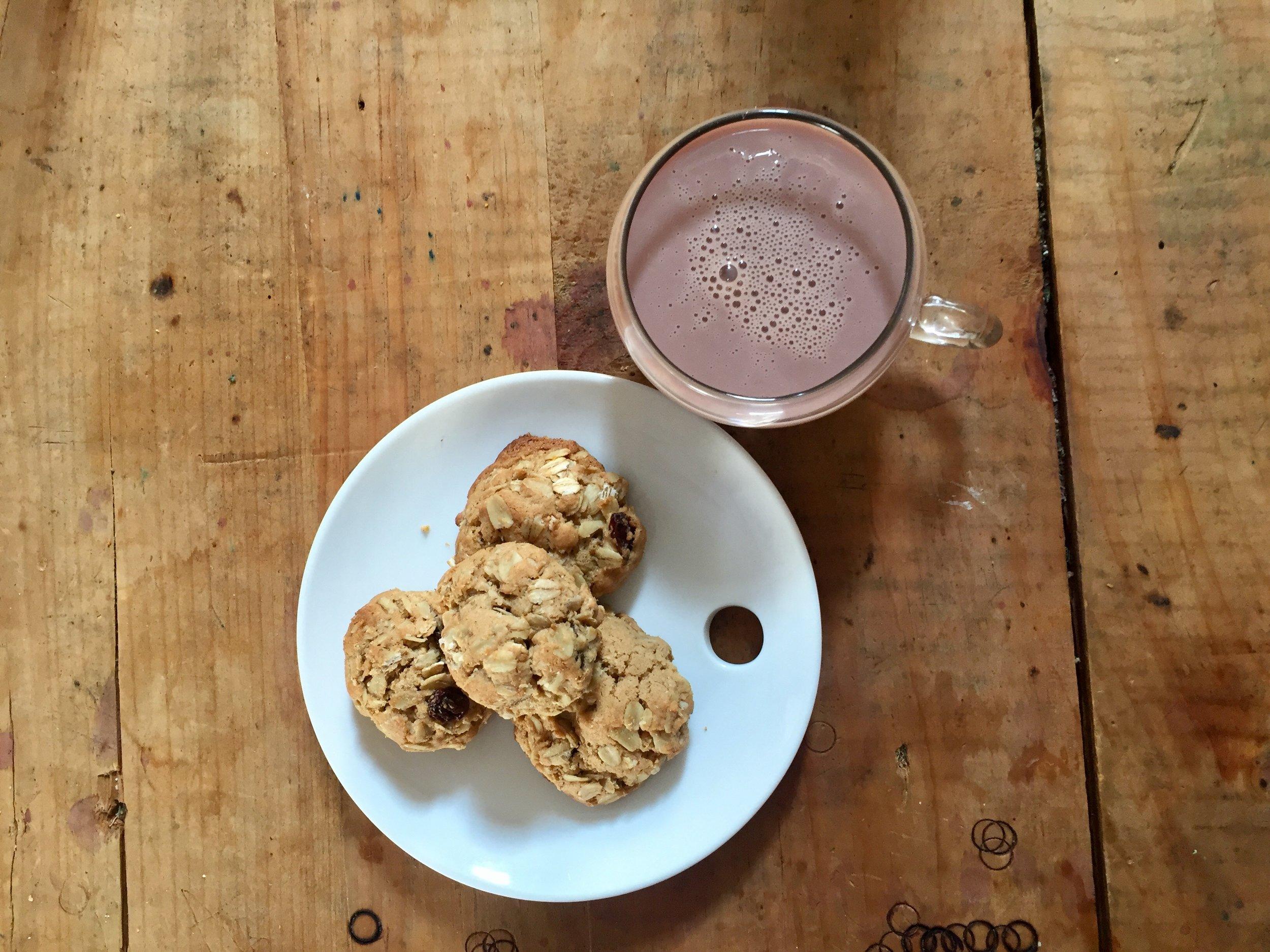 tonic-juicery-cookies-and-milk