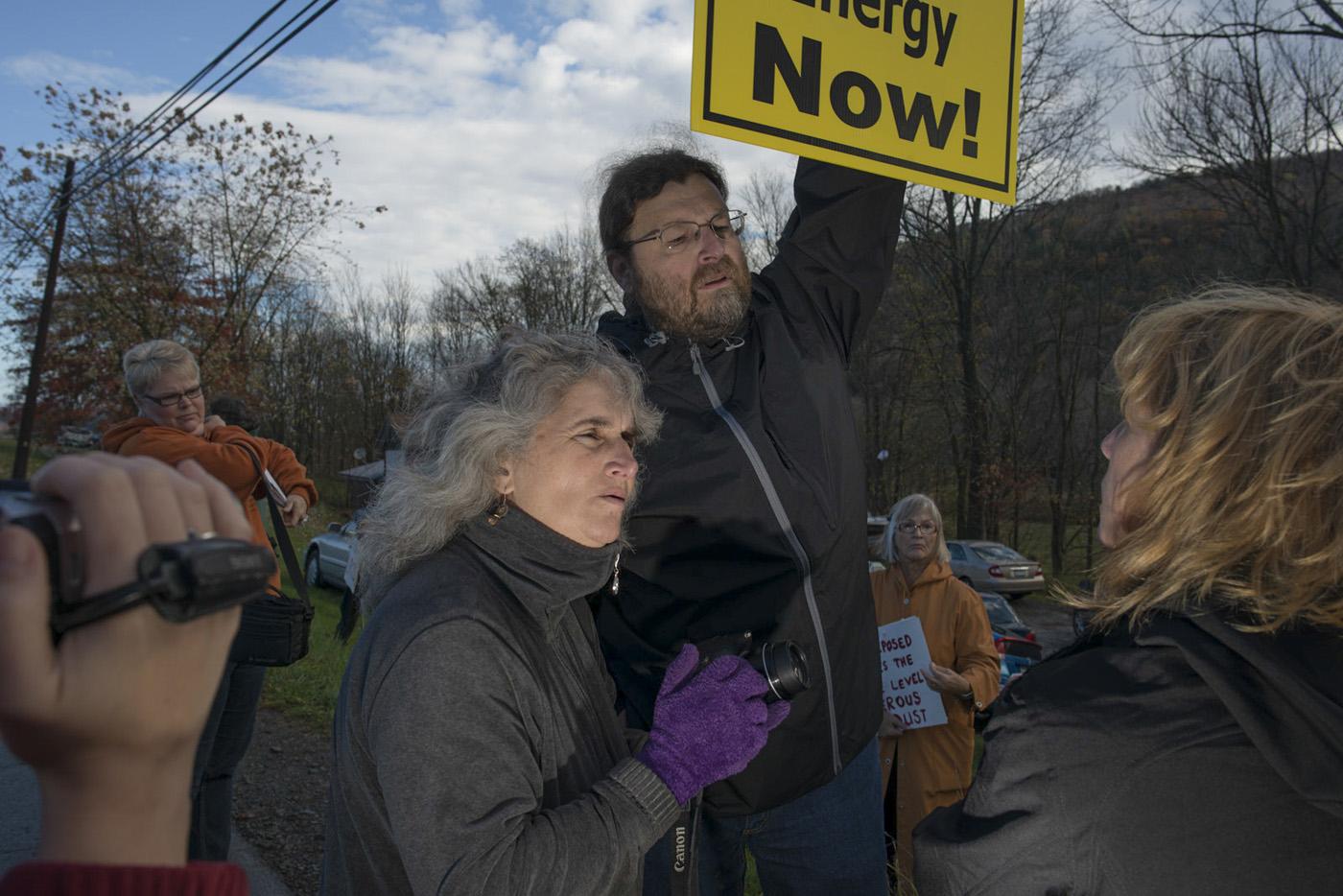 Vera Scroggins at an anti-drilling event.  © Nina Berman/MSDP 2015