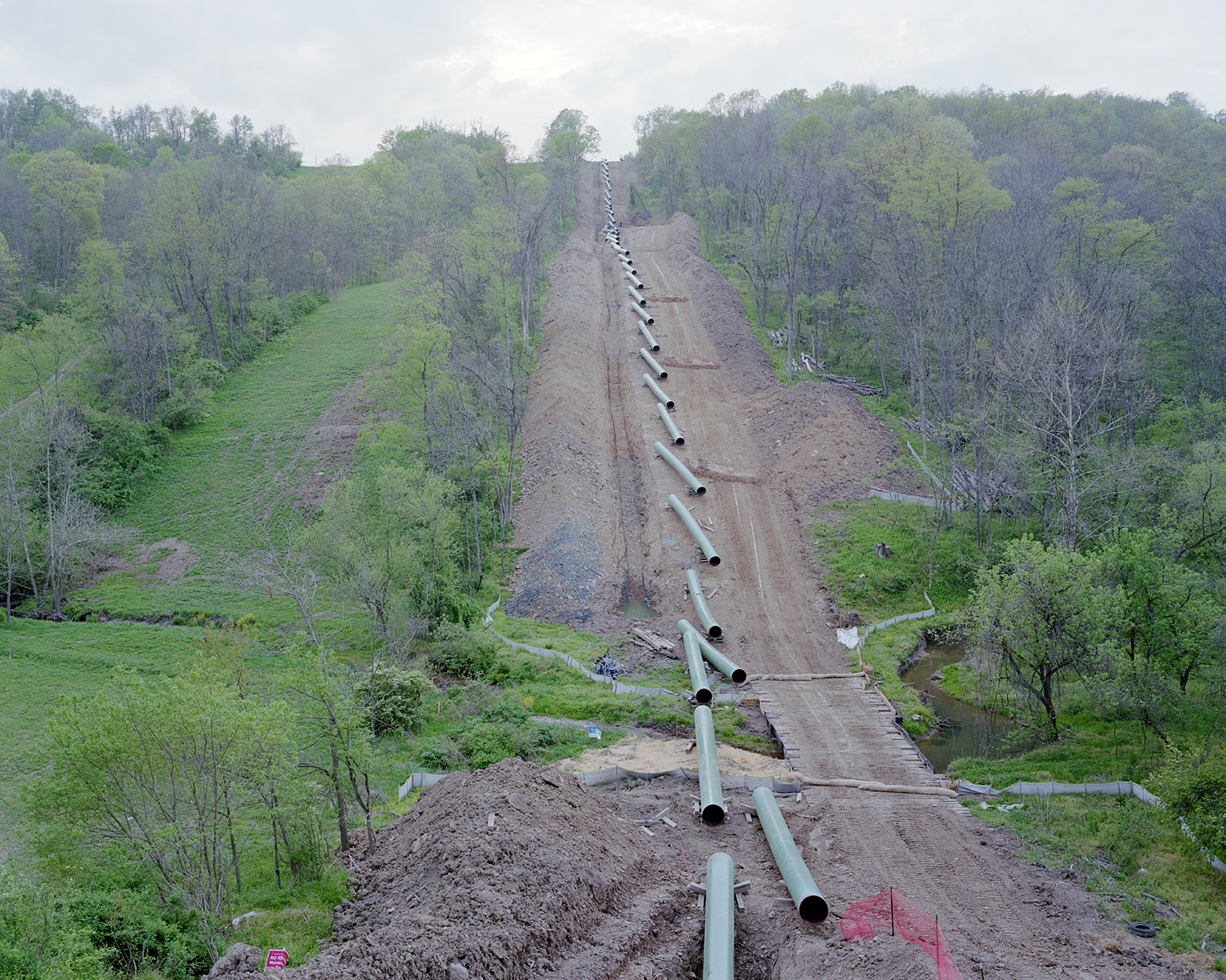 View of a natural-gas pipeline under construction in Franklin Township, PA on 05/01/2012.  © Noah Addis/MSDP 2012