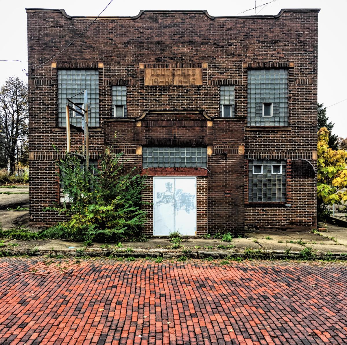 German Home Farrell  © Brian Cohen/TDW 2017