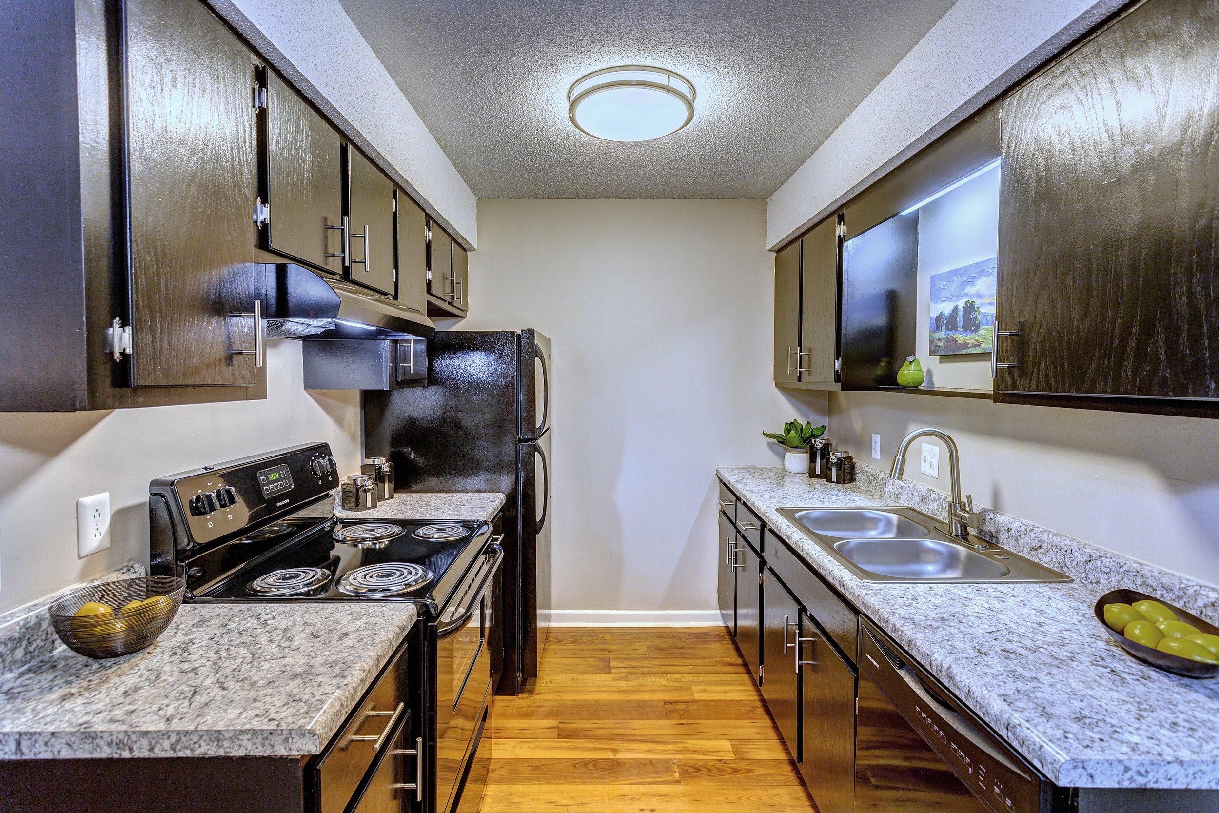 Kitchen 3 - small.jpg