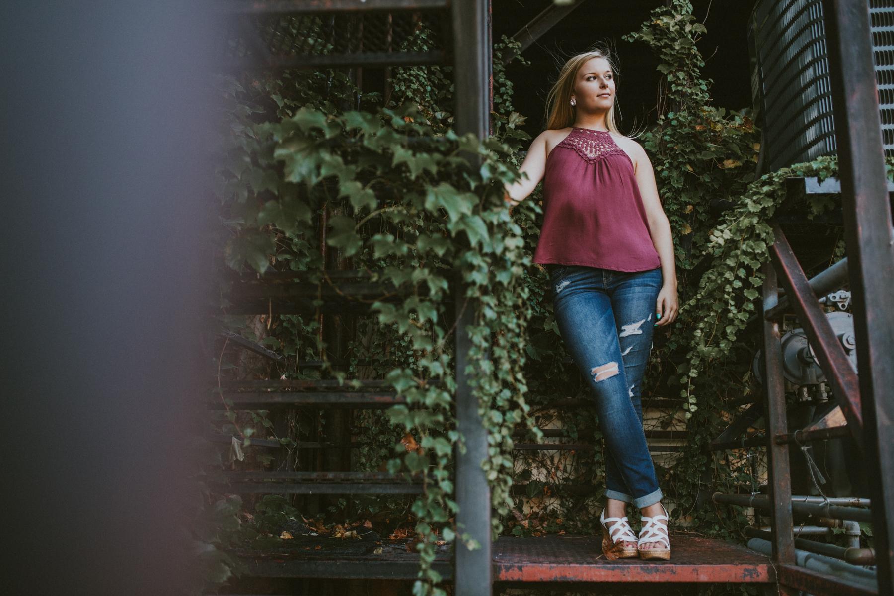 Allie Merrell Senior '17-0750.jpg