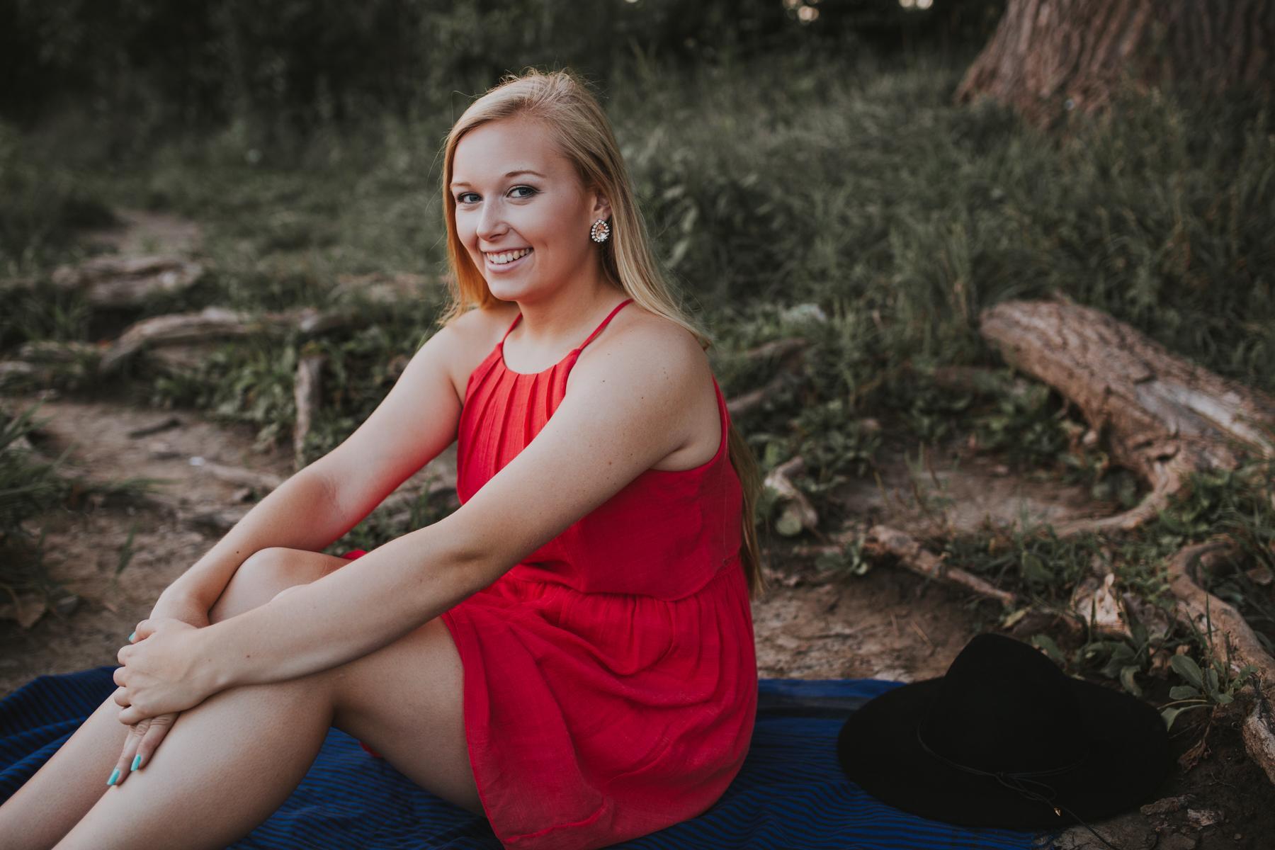 Allie Merrell Senior '17-1126.jpg