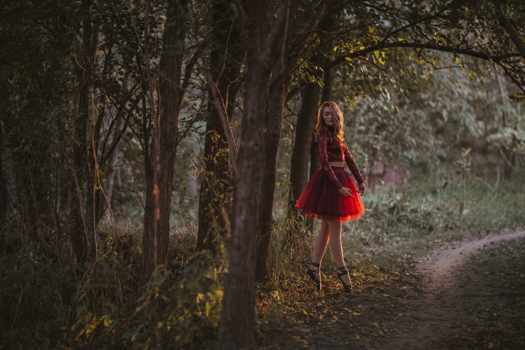 Ellie in the Woods-3611.jpg