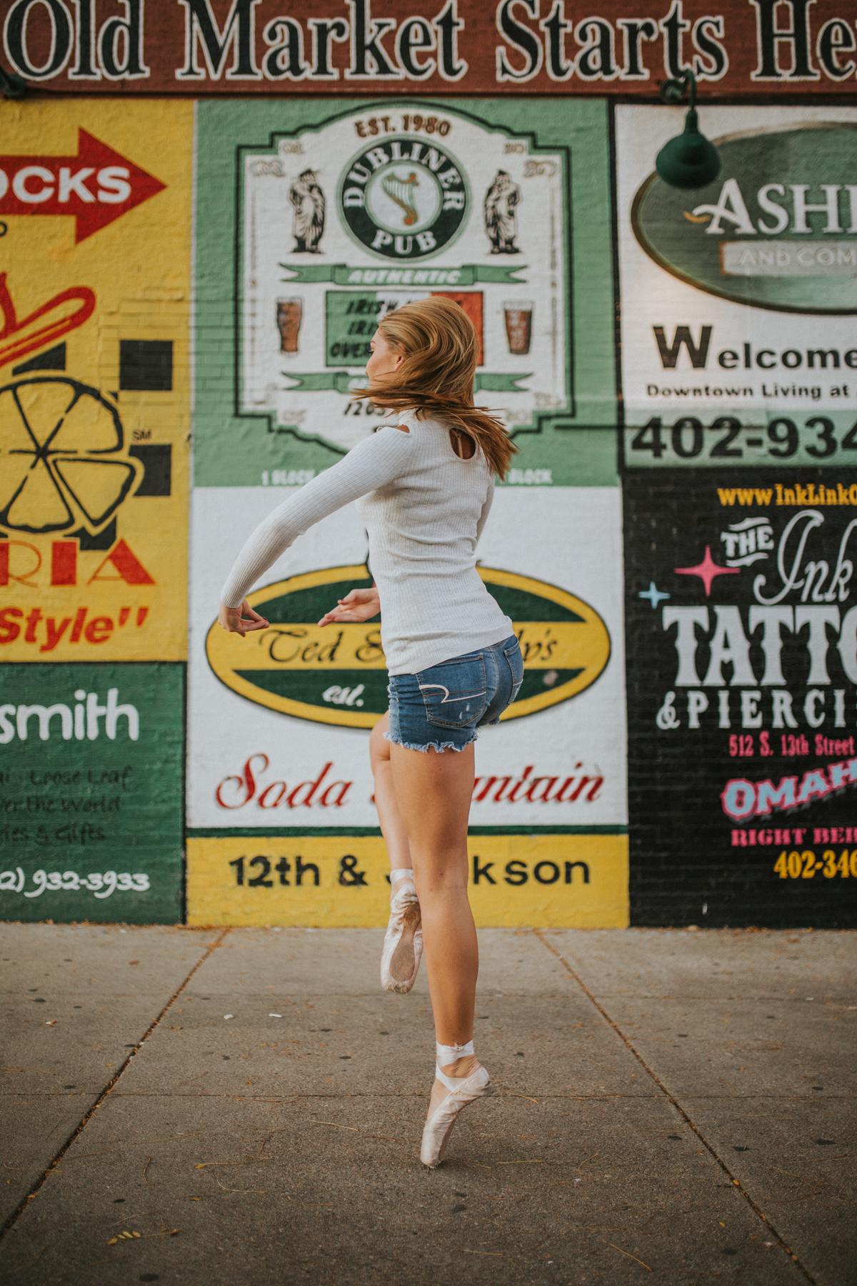 Ellie Downtown-9919.jpg