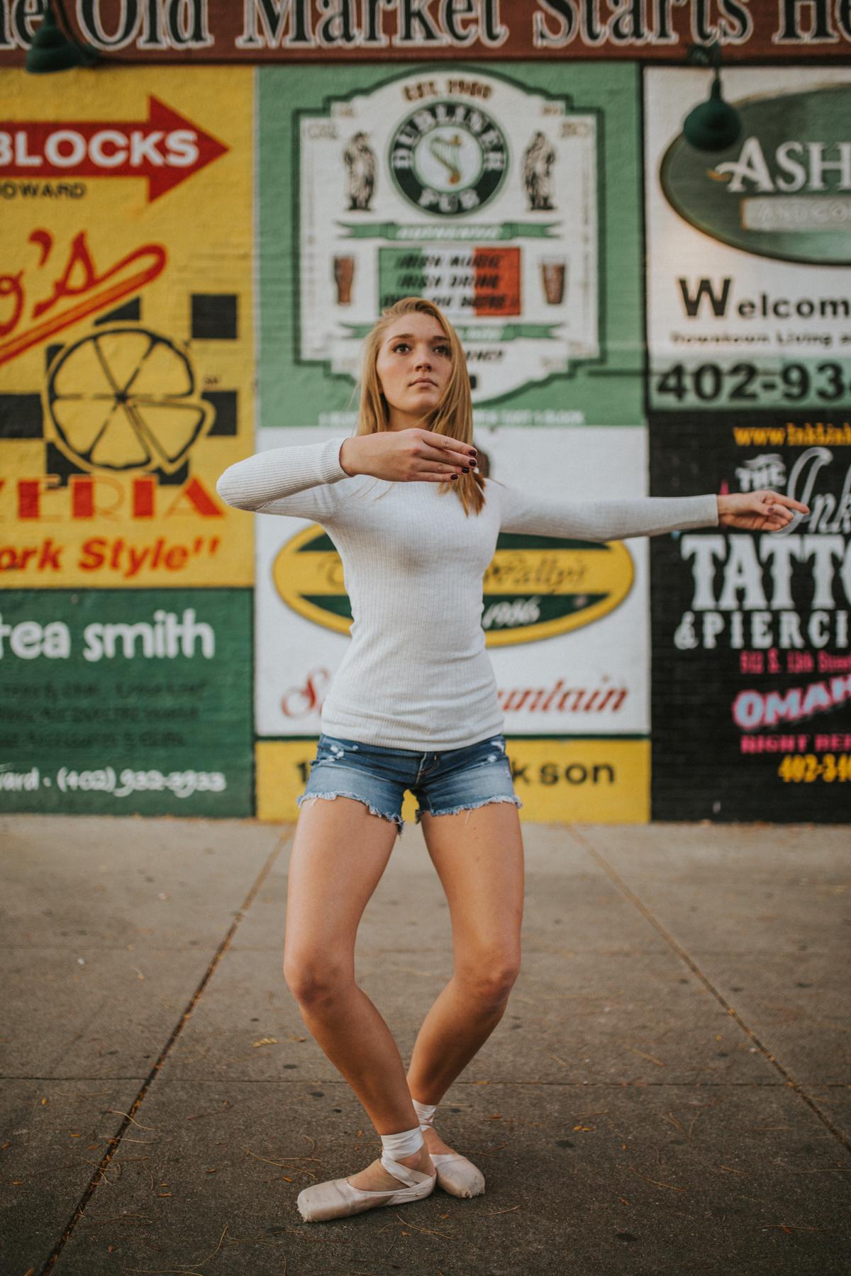Ellie Downtown-9923.jpg