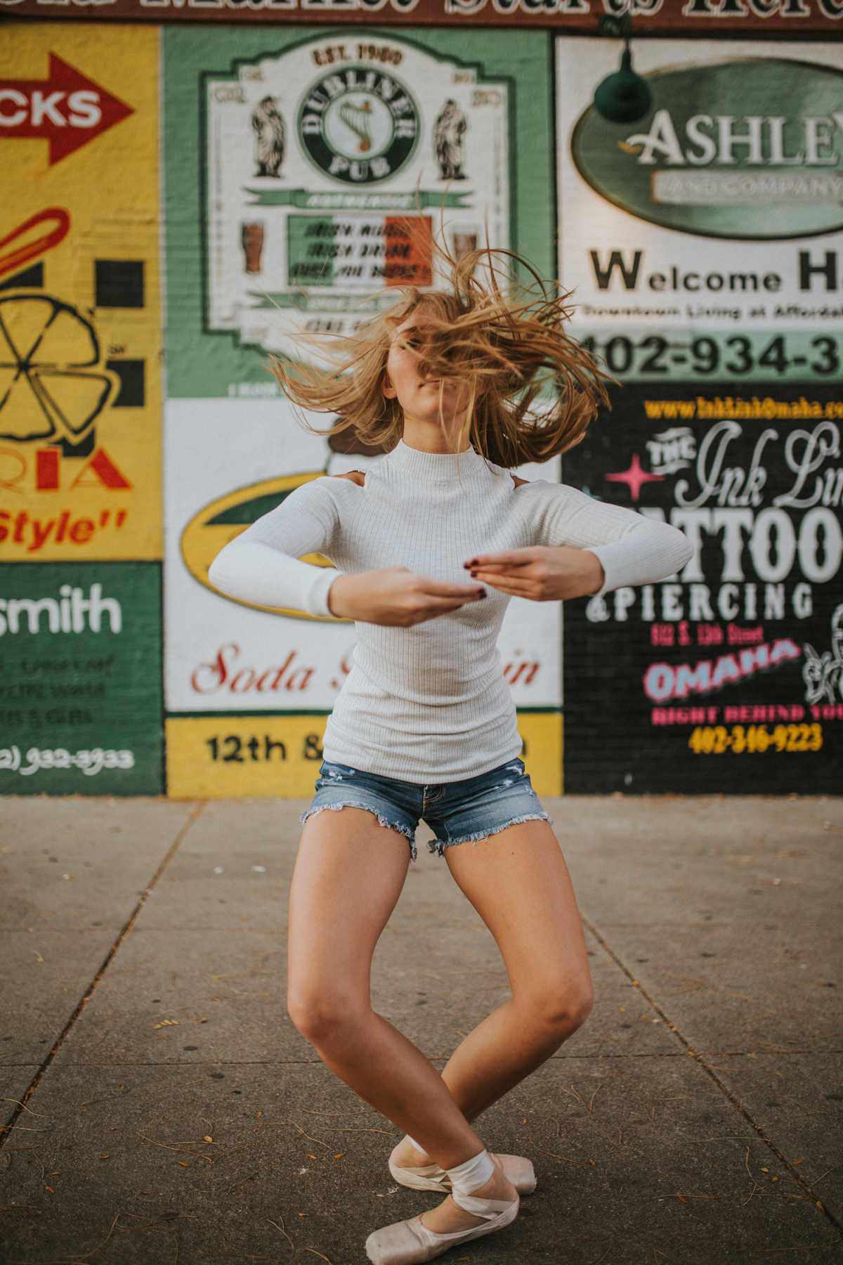 Ellie Downtown-9930.jpg